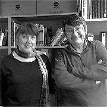 Merja Riitta Stenroos og Jeremy Smith, da han var på besøk på Universitetet i Stavanger i mars. (Foto: Marianne Nordahl)