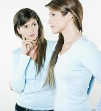 Tvillingers omgang med alkohol kan gi svar på om arv eller miljø er mest avgjørende for alkholisme.