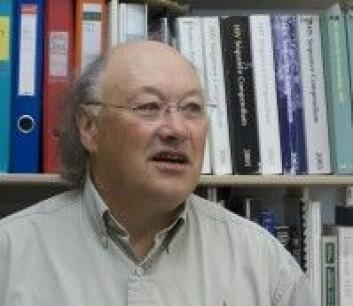 Professor Dag E. Helland ved Molekylærbiologisk institutt ved Universitetet i Bergen. Foto: UiB