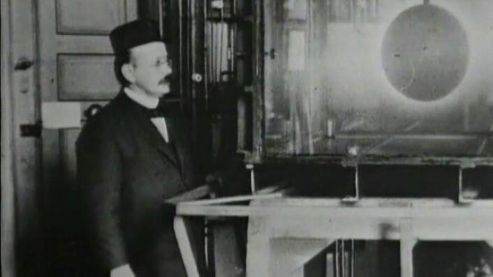 Et feilslått eksperiment gjorde at Kristian Birkeland utvikla Birkeland-Eyde-prosessen. (Foto: NRK)
