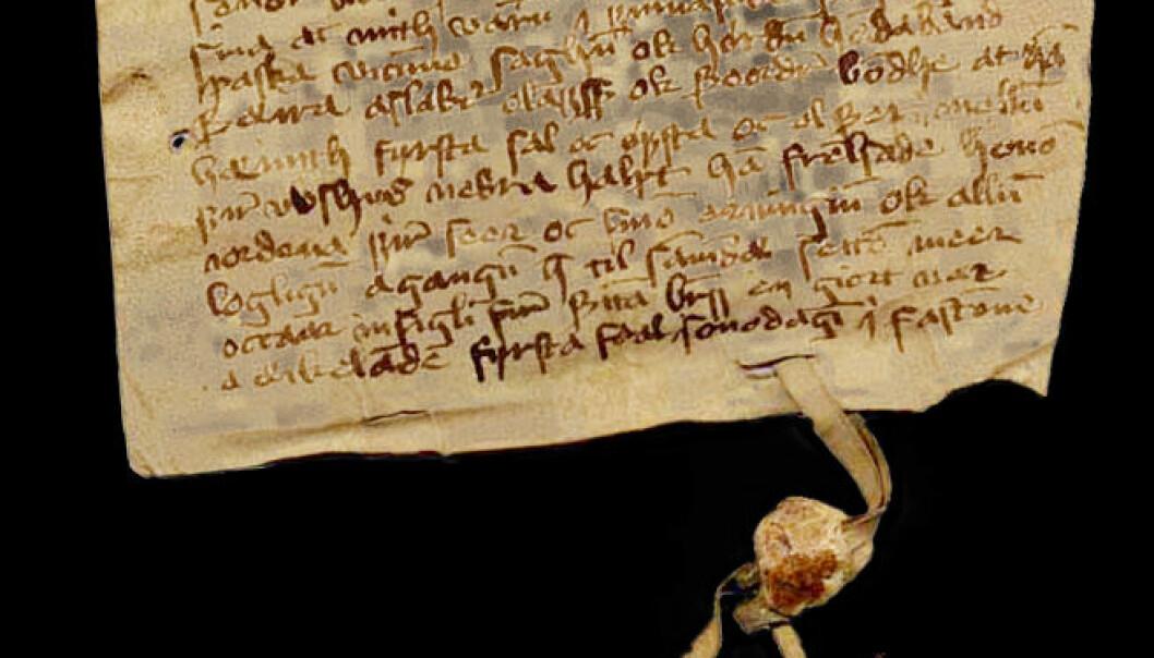Skinnbrev fra 1400-tallet. To menn bevitner at Tord Bonde erkjenner å ha mottatt betaling av Aslak Olavsson for halvparten av gården Opshus Store i Valle. Brevet er forfattet i Valle i Sør-Audnedal. Det finnes i Diplomatarium Norvegicum VII nr. 414. (Foto: Riksarkivet)