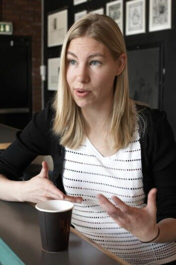 Det er utfordrende å forske på småbarns språkforståelse. Janne von Koss Torkildsen har benyttet seg av avanserte teknologiske hjelpemidler for å kunne studere den elektriske aktivitet i barnas hjerne. (Foto: Annica Thomsson)