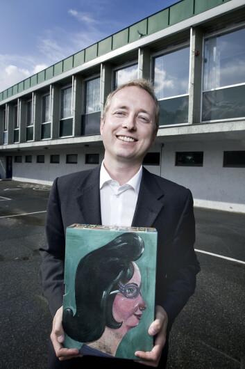 Kunnskapsminister Bård Vegar Solhjell vil ha bedre lese- og skriveferdigheter i skolen. (Foto: Kenneth Bjerga)