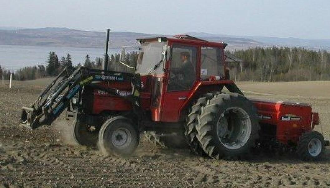 Traktor (Foto: Unni Abrahamsen)