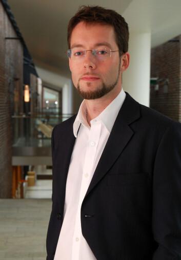 """""""Jan-Are K. Johnsen er utdannet psykolog fra Universitetet i Tromsø, der han også har forsvart sin doktorgradsavhandling om nettdiskusjoner knyttet til helse. (Foto:Nasjonalt senter for telemedisin)"""""""