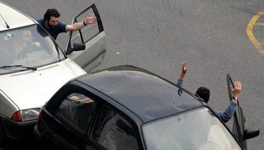 Mer bilstæsj = sintere sjåfører