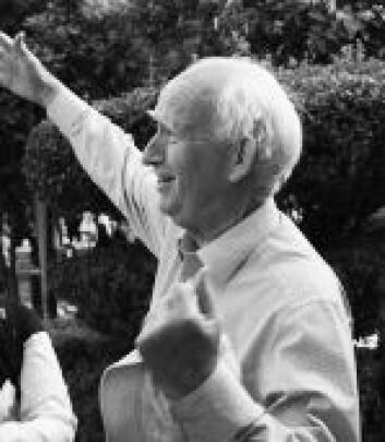 Donald Lynden-Bell, professor emeritus, Institute of Astronomy, Cabridge University, England.