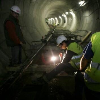Glyoksal brukes blant annet ved tetting av tuneller. (Illustrasjonsfoto: www.colourbox.no)