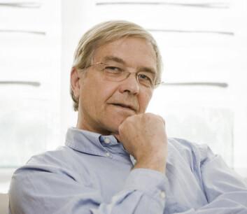 Odd-Arne Olsen befinner seg i bioteknologiens smørøye, hvor han ser amerikanske selskaper få enorm profitt på genmodifisering. (Foto: Håkon Sparre)