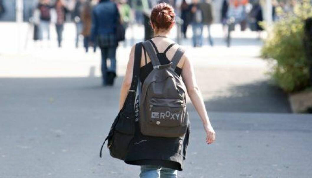 De kvinnedominerte helse- og sosialfagene ved de statlige høgskolene har bare halvparten så mange professorater som de mannsdominerte teknologifagene. (Illustrasjonsfoto: www.colourbox.no)