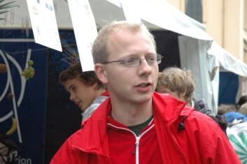 Bjørn Samset i forskerfabrikkteltet under Ungforsk. (Foto: Mari Brenli)