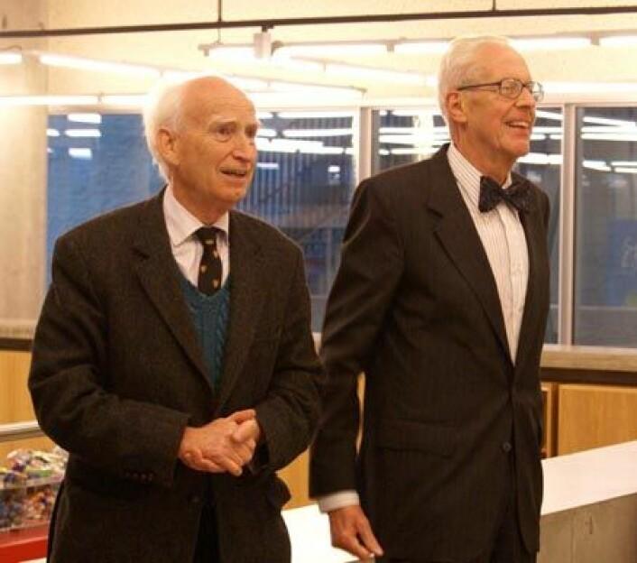 Vinnerne av Kavli-prisen i astrofysikk 2008. Fran venstre: Donald Lynden-Bell og Marten Schmidt. Foto: Berit Ellingsen
