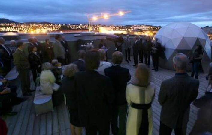 Slik så det ut på observasjonsterrassen under åpningen. Foto: Vitenfabrikken Jærmuseet, Hallvard Nygård
