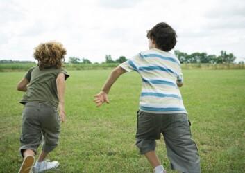 – Jevnt over blir gutter beskrevet som utadvendte, utagerende, offentlige, aktive og kreative, sier Lilletvedt. (Illustrasjonsfoto: www.colourbox.no)
