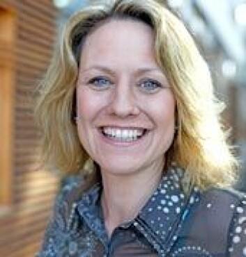 """""""BI-forsker Laura E. Mercer Traavik forsker på hvordan menn og kvinner forhandler om lønn."""""""