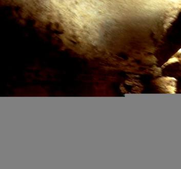 """""""Det var mørkt nede i katakombene."""""""