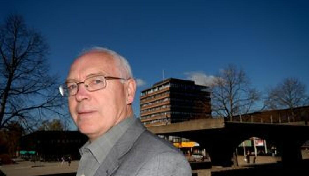 """""""Professor Harald Baldersheim er ein av hovedinnleiarane på avslutningskonferansen til KIM-programmet 6. mars 2008"""""""