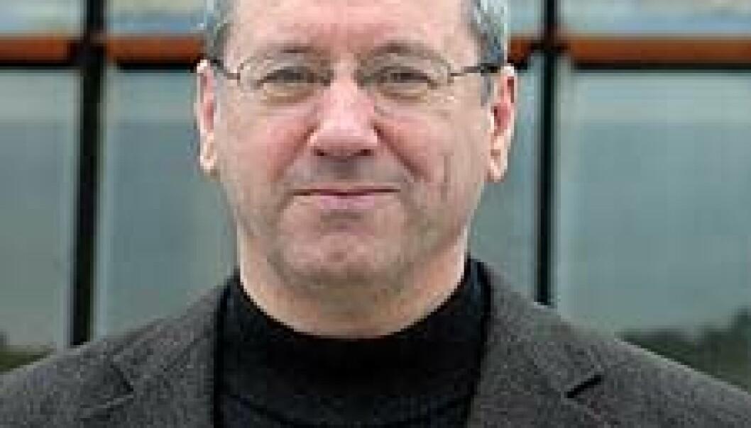 """"""" Arne Skauge, leiar ved Senter for integrert petroleumsforsking ved Universitetet i Bergen, meiner at mangfald blant dei tilsette gjev eit godt arbeidsmiljø."""""""