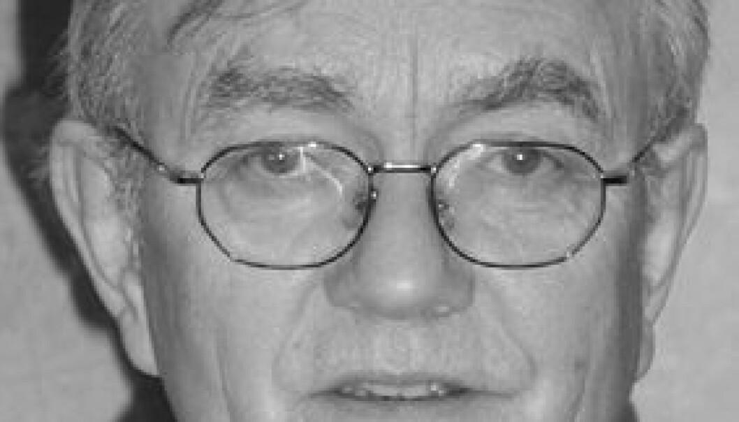 """""""Meteorologiprofessor Sigbjørn Grønås lagar detaljerte vermeldingar tilbake i tid for å løyse gåta om forliset av trålaren Gaul."""""""