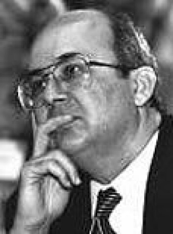 """""""- Mens forholdet mellom de fattigste og de rikeste i verden er 1 til 40 når det gjelder bruttonasjonalproduktet, er forholdet 1 til 220 når det gjelder hvor mye penger som brukes forskning. Ismail Serageldin kalte tilstanden for scientific apartheid."""""""