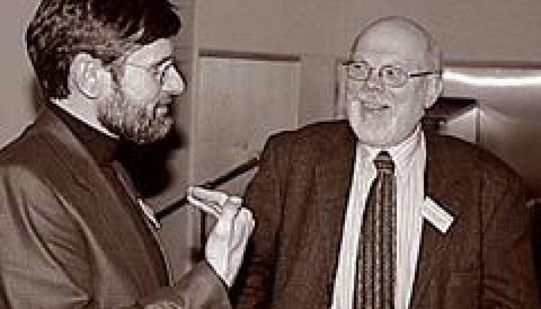 """""""DEBATT: Professor i filosofi, Andreas Føllesdal (t.v.) og professor i teologi og formann i Rådet for dyreetikk, Svein Åge Christoffersen. (Foto: Anita Thorolvsen)"""""""