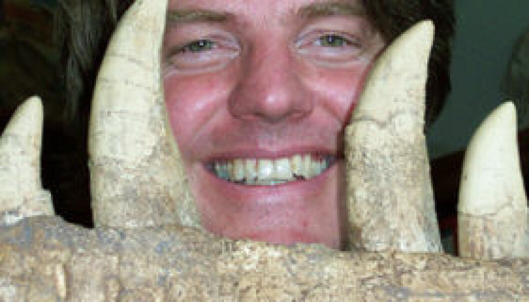 """""""Under intervjuet ble Jørn Hurum spist av en eldre Tyrannosaurus."""""""
