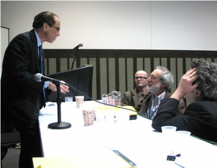 """""""Ray Kurzweil møter fans og skeptikere"""""""