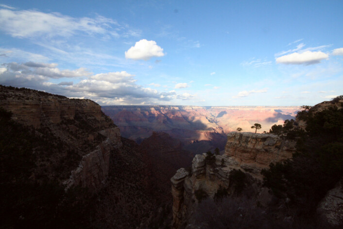 """""""Det er over 1600 meterned tilde dypeste delene av Grand Canyon. (Foto: Ingrid Spilde)"""""""