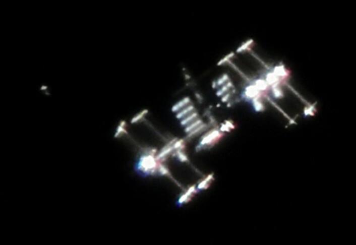 Den internasjonale romstasjonen sett fra jorda. (Foto: Ralph Vandebergh)
