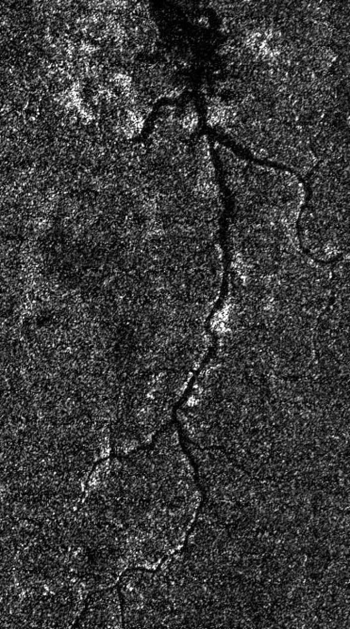 Landskap med elv på Titan. Her er romsonden Cassini brukt som radarsatellitt. Imponerende. Og tankevekkende. (Foto: NASA/JPL-Caltech/ASI)
