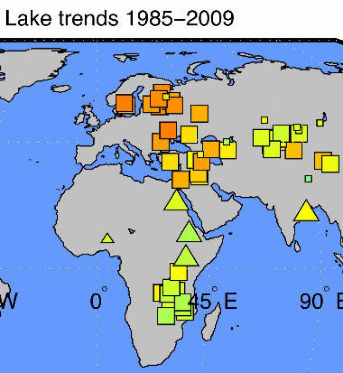 Trender i overflatetemperatur i innsjøer, målt fra satellitt om natten i perioden 1985-2009. Rødt er sterkest økning. (NASA/JPL-Caltech)