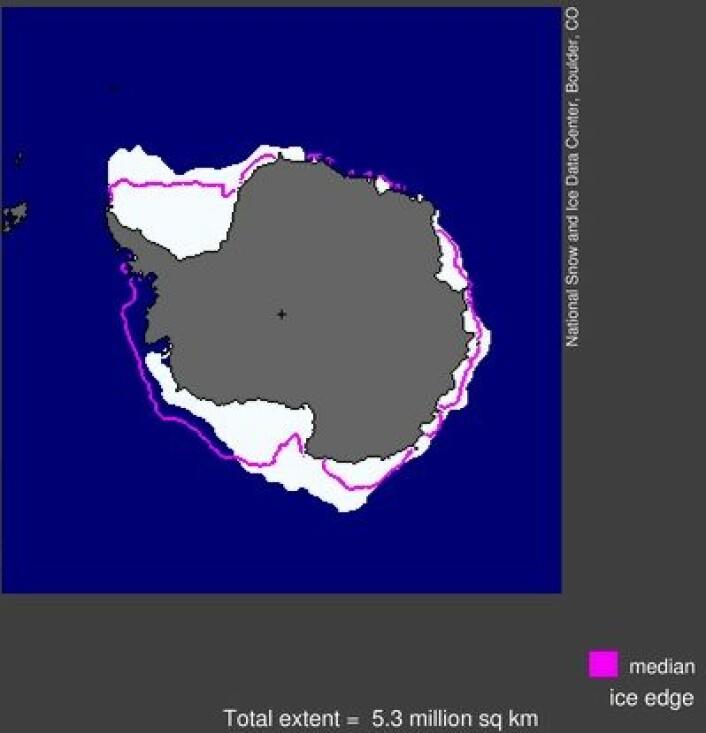 Sjøisen i Antarktis i mars 2013. Mer is enn vanlig. (Foto: (NSIDC))