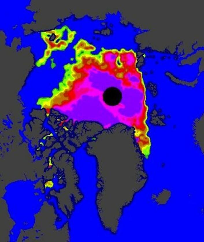 Lite sjøis i Arktis nå, og nokså spredt. Hvis vinden presser sammen dette, så blir det ny minimumsrekord. (Foto: (EUMETSAT osisaf.met.no))