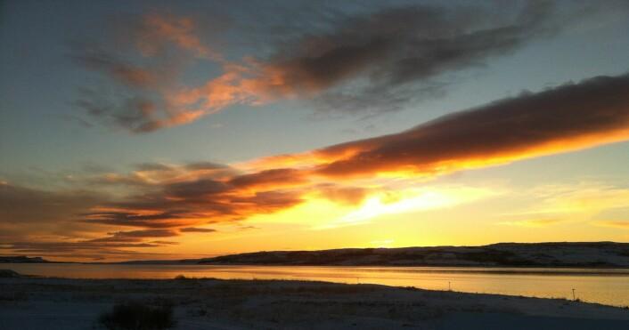 Novembermorgon ved Várjat/Varangerfjorden Foto: Øystein A. Vangsnes