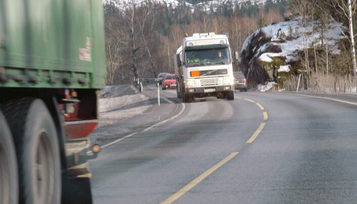 Medlemmer av Norst Transportarbeiderforbund mener billig utenlandsk arbeidskraft har satt dem under sterkt press. (Foto: Simen Slette Sunde / Trygg Trafikk)