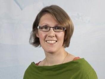 Postdoktor Anja Diez ved seksjon for geologi og geofysikk, Norsk Polarinstitutt. (Foto: Malin Alette Hansen / Norsk Polarinstitutt)
