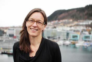 – Norsk natur har fantastisk variasjon: fra fjord til fjell og sør til nord, sier professor Vigdis Vandvik ved UiB. Hun ønsker å skape «helsedata» for norsk natur. (Foto: UiB)