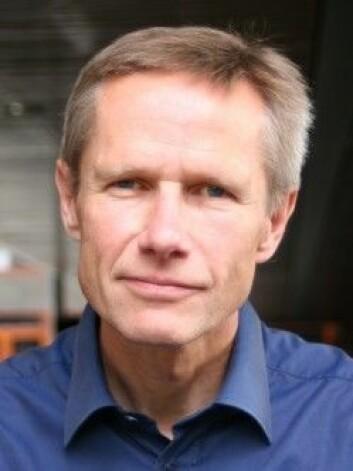 Menn og kvinner kan reagere forskjellig på helseplager, mener Arne Mastekaasa, sosiologiprofessor ved Universitetet i Oslo. (Foto: UiO)