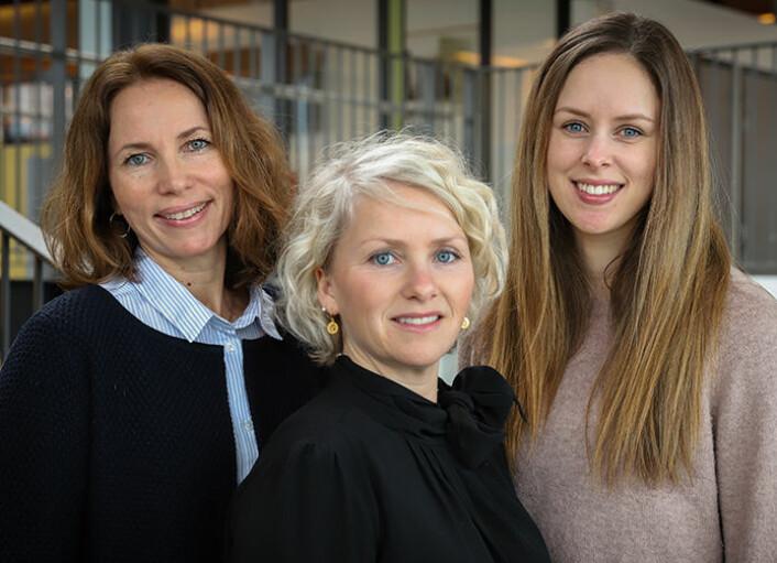 Mari Myhrstad, Vibeke Telle-Hansen og Line Gaundal søker deltakere til en forskningsstudie om helseeffekter av fett. (Foto: OsloMet / Marit Christiansen)