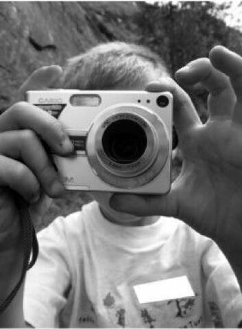 Barna valgte motiver med stor variasjon da de fikk kamera utdelt. Her har Trond tatt bilde av en turkamerat. (Foto: forskerens studie)