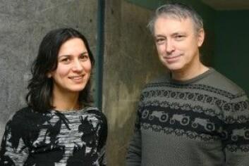 Rani Anjum, forsker ved NMBU og Stephen Mumford, professor ved Durham University, har møtt mye motstand fordi de samarbeider. (Foto: Ida Irne Bergstrøm)