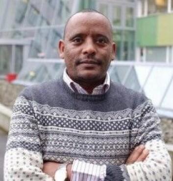Medieforsker Mulatu Alemayehu Moges er tidligere journalist, men ville ikke jobbet som det under dagens forhold i Etiopia.(Foto: Elizabeth Bunn)