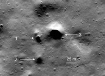 På månen finnes det mange hull som kan være innganger til større grotter. (Foto: NASA/LRO/SETI/Mars Institute/Pascal Lee)