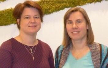 Seniorforskerne Dorte Herzke fra NILU (t.v.) og Claudia Halsband fra Akvaplan-niva har forsket på marin plast i snart et tiår. (Foto: Paul Renaud / Akvaplan-niva)