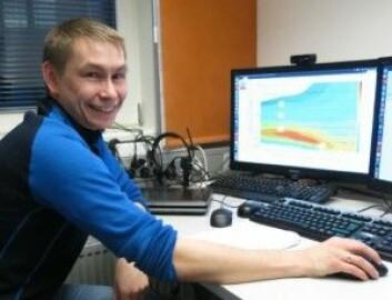 Samuelsen har jobbet som værvarsler ved MET siden 2003, der han blant annet har varslet ekstremvær og fare for ising. (Foto: Vibeke Os)