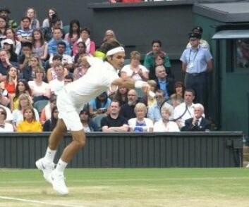 36 år gamle Roger Federer er den tennisspilleren som har ligget lengst som nummer 1 på rankinglisten – hele 237 uker i trekk. (Foto: Wikimedia Commons / Brian Minkoff-London Pixels)