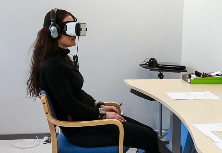 Da de fikk på seg VR-briller og så den samme turen, fikk de litt av den samme oppkvikkede opplevelsen, men det slo likevel negativt ut på følelsene og humøret.(Foto: Høgskolen i Innlandet)