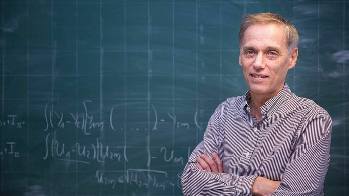 Helge Holden er en slags primus motor for det som har med Onsager å gjøre på NTNU. (Foto: Kristoffer Furberg)