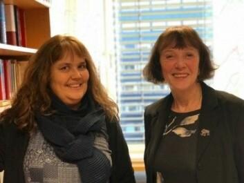 Kristin Hagen (t.v) og Ruth Vatvedt Fjeld ved Universitetet i Oslo tar studenter som ikke har fått det akademiske språket inn med morsmelka, på alvor. (Foto: Siw Ellen Jakobsen)