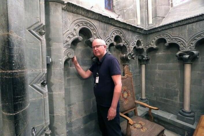 Øystein Ekroll er middelalder-arkeolog og forsker ved Nidaros domkirkes restaureringsarbeider. Hans tok doktorgraden ved NTNU i 2015, hvor han presenterte ny kunnskap om domens eldste del, oktogonen. (Foto: Nancy Bazilchuk, NTNU)